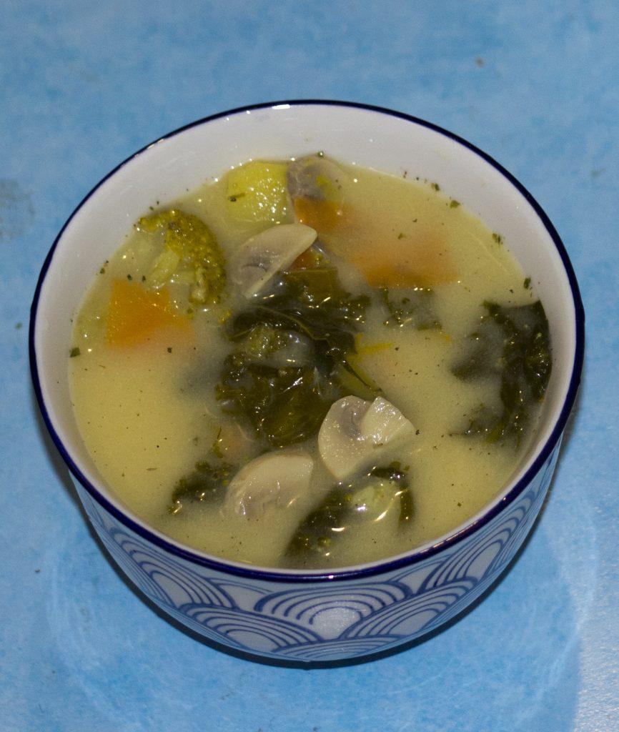 zupa z jarmużem 1